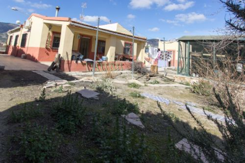 4 bed country house for sale in Onil, Onil, Spain