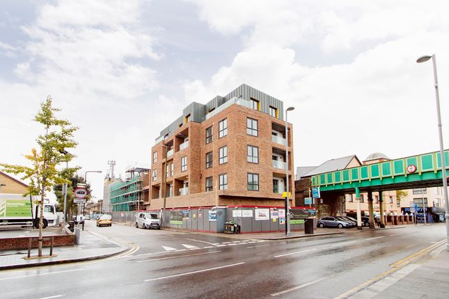 Thumbnail Retail premises to let in Lea Bridge Road, London