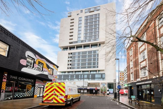Thumbnail Flat to rent in East Tower, City North, Finsbury Park