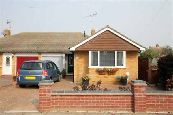 Thumbnail Bungalow for sale in Canterbury Road, Holland-On-Sea, Clacton-On-Sea