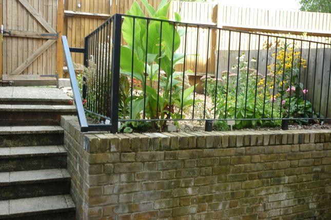 Garden View 2 of Grove Road, London E3