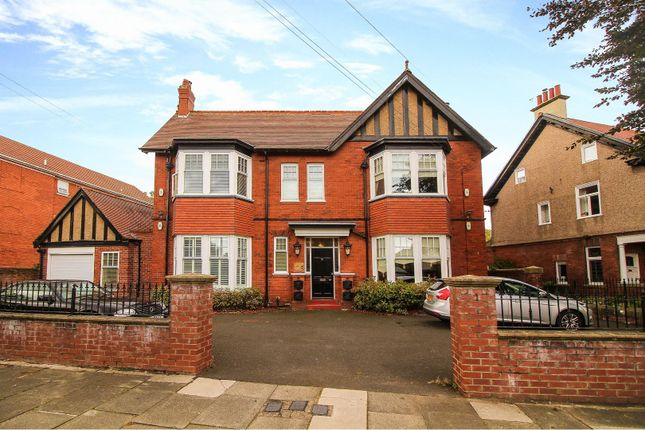 Thumbnail Flat for sale in Churchill House, 31 Holywell Avenue, Whitley Bay