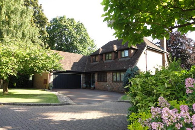 Thumbnail Detached house for sale in Farthing Green Lane, Stoke Poges, Buckinghamshire
