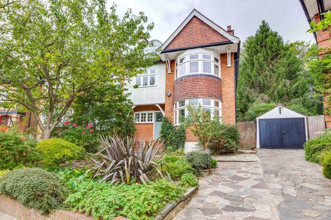 Thumbnail Semi-detached house for sale in Cholmeley Crescent, Highgate Village, London