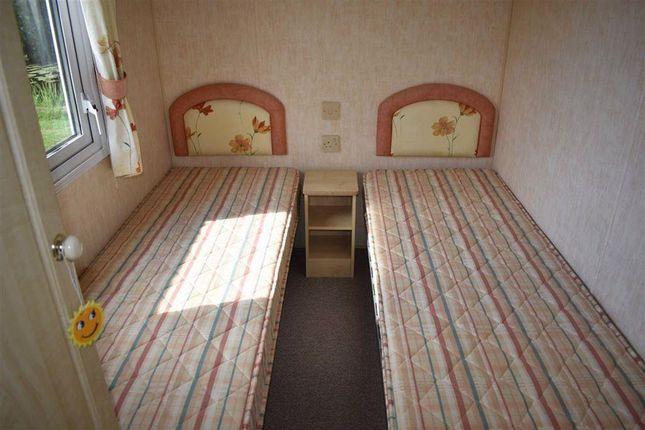 Bedroom 2 of Sandholme Lane, Leven, Beverley HU17