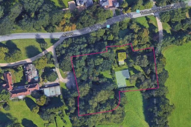 Thumbnail Land for sale in Totteridge Common, Totteridge, London