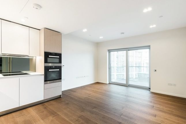 1 bed flat to rent in Columbia Gardens, Lillie Square, London