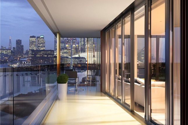 Thumbnail Flat for sale in 18.15.07, Royal Wharf, London