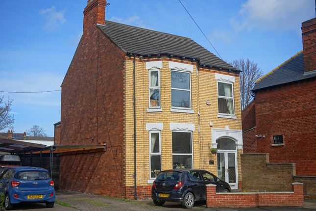 Thumbnail Detached house for sale in Marlborough Avenue, Princes Avenue, Hull