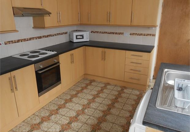 Shared accommodation to rent in St Helens Avenue, Brynmill, Swansea