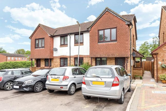 Thumbnail Flat for sale in Abbots Langley, Hertfordshire