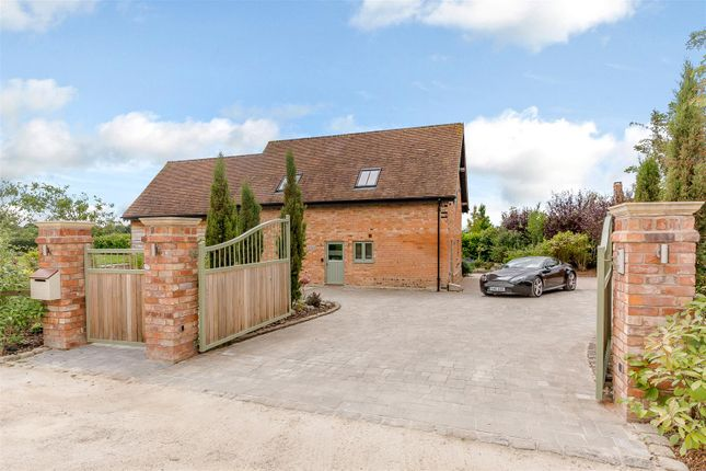 Thumbnail Barn conversion for sale in Grafton Lane, Ardens Grafton, Warwickshire