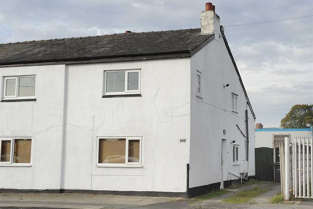 Thumbnail Flat to rent in Liverpool Road, Cadishead, Manchester