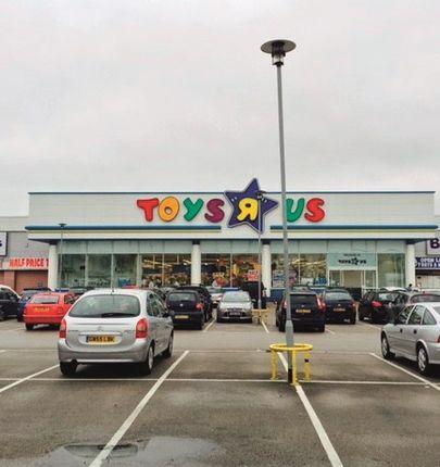 Birstall Shopping Park, Leeds WF17
