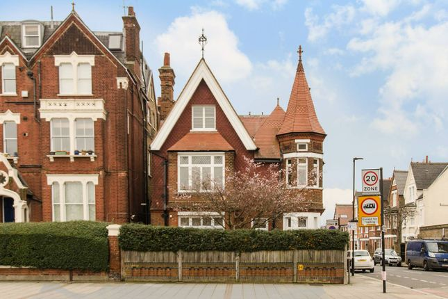 Thumbnail Property to rent in Clapham Common South Side, Abbeville Village