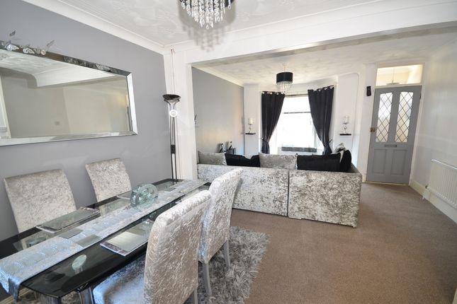 Thumbnail Terraced house to rent in Albany Road, Gillingham