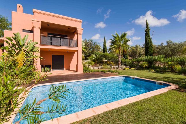 3 bed villa for sale in Alcantarilha, Silves, Portugal