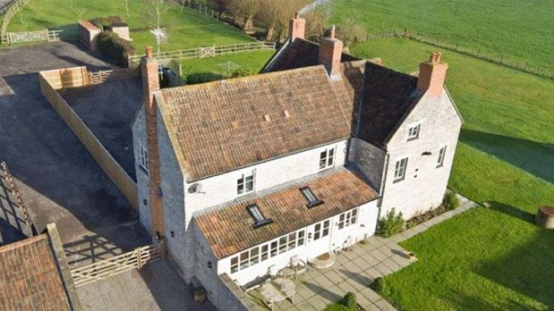 5 bed detached house to rent in East Pennard, Shepton Mallet