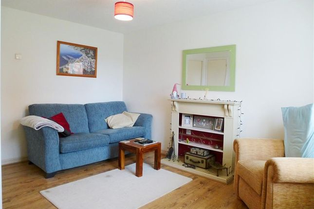 Thumbnail Property to rent in Avill Crescent, Taunton