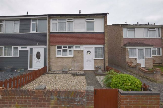Thumbnail Terraced house for sale in Kenneth Road, Basildon, Essex