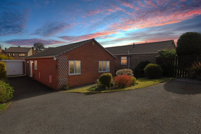 3 bed detached bungalow for sale in Trevose Close, Walton, Chesterfield S40