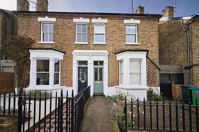 Thumbnail Semi-detached house to rent in Chisholm Road, Richmond