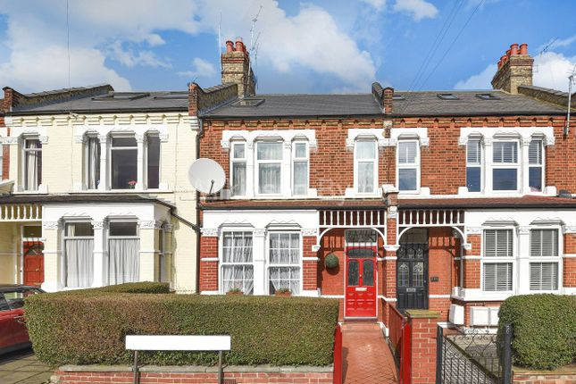 Thumbnail Flat for sale in Elvendon Road, London