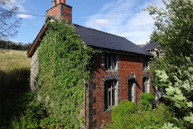 Thumbnail Cottage for sale in Llanwnog, Caersws, Powys