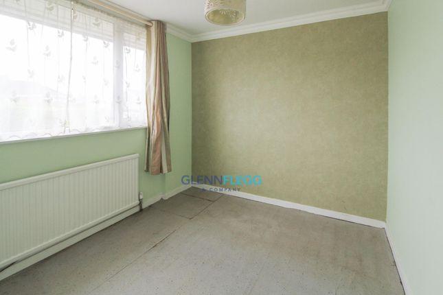 Bedroom 2 of Parlaunt Road, Langley, Slough SL3