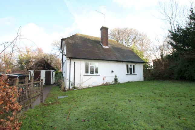 Thumbnail Detached house to rent in Grinstead Lane, Sharpthorne, East Grinstead
