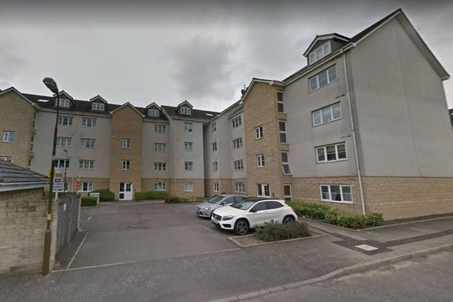 1 bed flat to rent in Queens Crescent, Livingston, West Lothian EH54