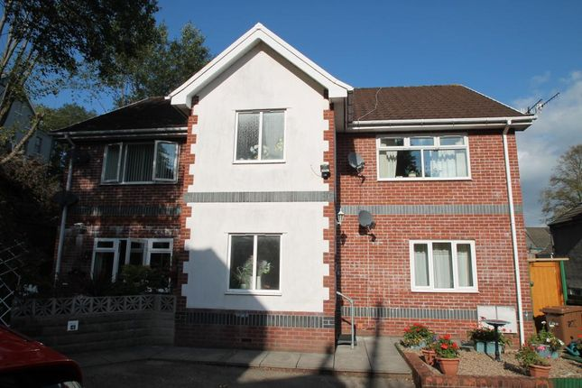 Thumbnail Flat for sale in Saer Coed Cwrt, Alexandra Place, Newbridge, Gwent