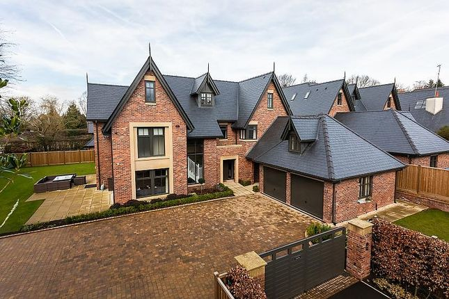 Thumbnail Detached house to rent in Dunham Mews, Bow Green Road, Bowdon, Altrincham