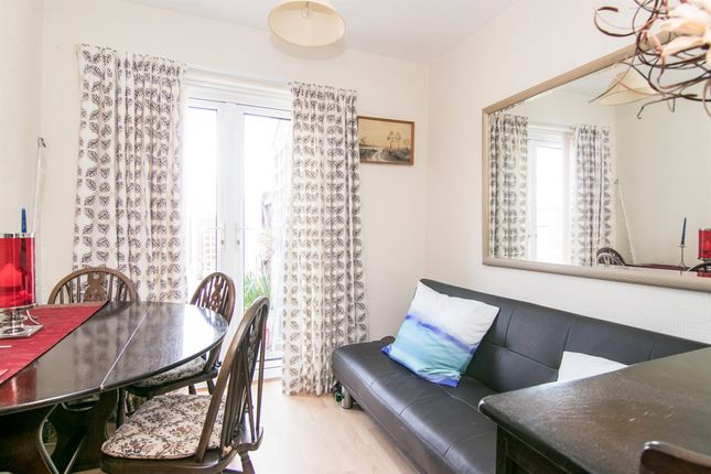 2 bedroom flat for sale in Kentmere Drive, Pensby, Wirral