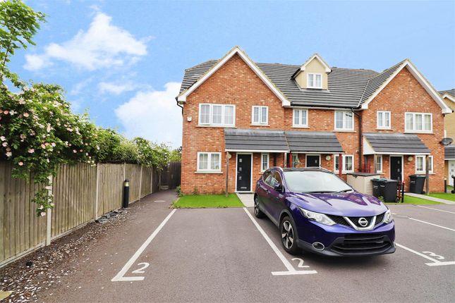 3 bed end terrace house for sale in Mountside Close, Northfleet, Gravesend DA11