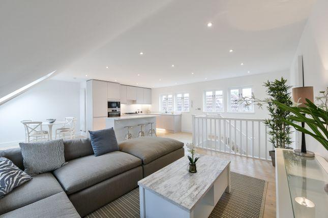 Thumbnail Duplex for sale in Heybridge Avenue, London