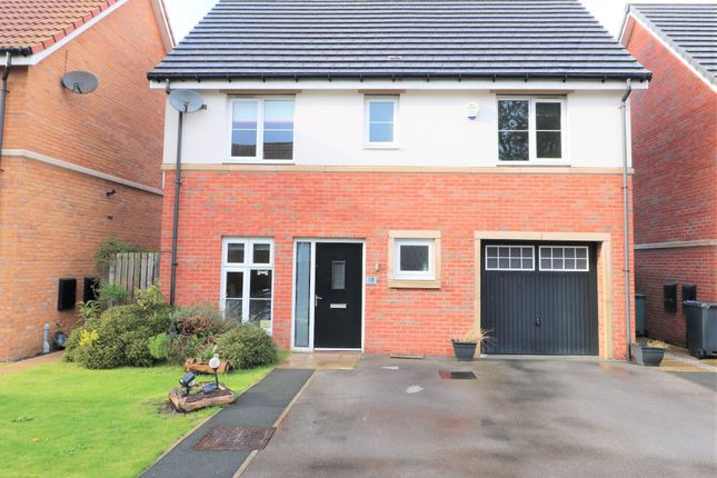 Thumbnail Detached house for sale in Tailor Close, Scholes, Cleckheaton