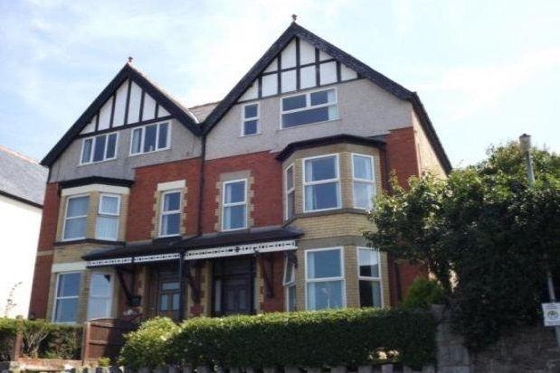 Thumbnail Maisonette to rent in Sefton Road, Old Colwyn, Colwyn Bay