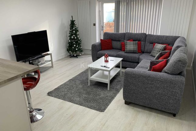 Thumbnail End terrace house to rent in Maindy Rd, Cathays