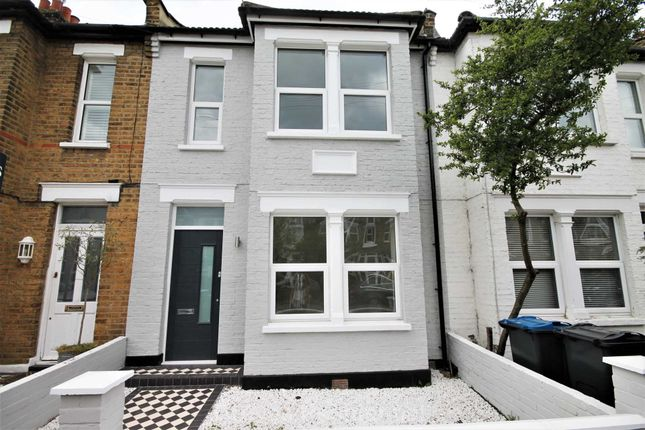 Thumbnail Terraced house to rent in Vernon Avenue, London