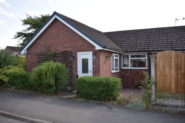 Thumbnail Detached bungalow to rent in Church Lane, Nuneaton