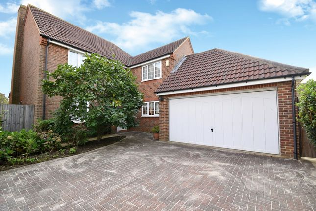 Thumbnail Detached house for sale in Bramley Close, Shefford