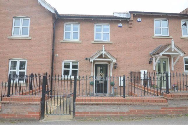 2 bed terraced house to rent in Church Hill, Sherburn In Elmet LS25