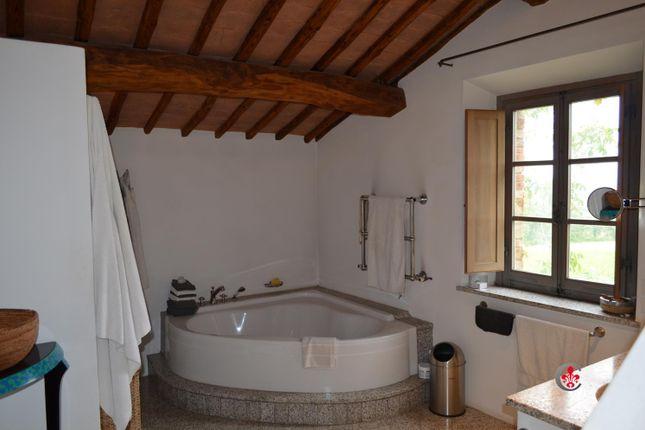 Bathroom of Montefollonico, Torrita di Siena, Tuscany, Italy