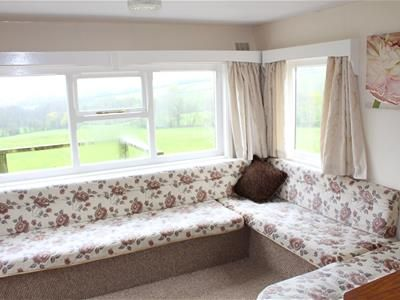 Thumbnail Lodge to rent in Llantrisant, Usk