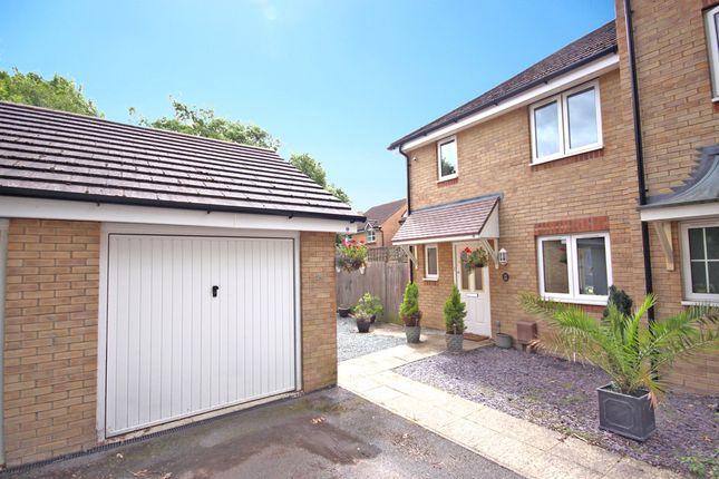 Thumbnail Semi-detached house for sale in Kingsley Way, Whiteley, Fareham