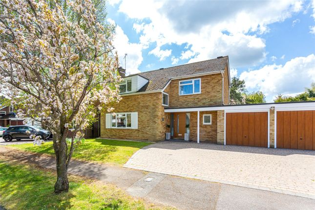 Thumbnail Link-detached house for sale in Dale Avenue, Gustard Wood, Hertfordshire