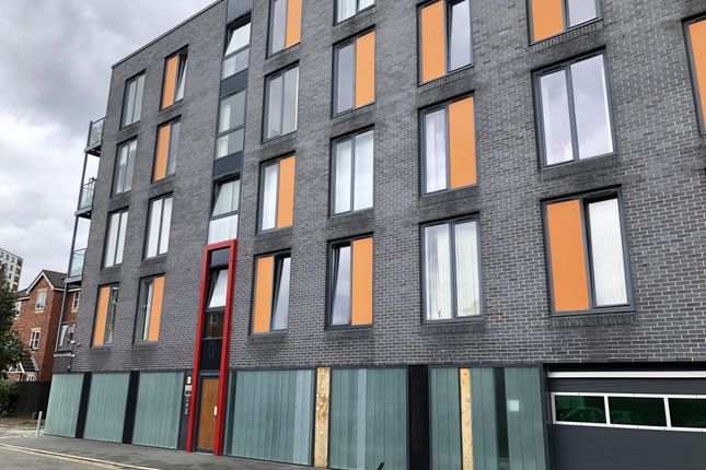 Flat to rent in Springfield Court, 2 Dean Road, Salford, Lancashire