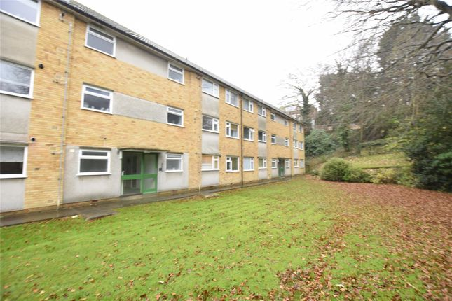 Thumbnail Flat To Rent In St Helens Court, Hastings, East Sussex