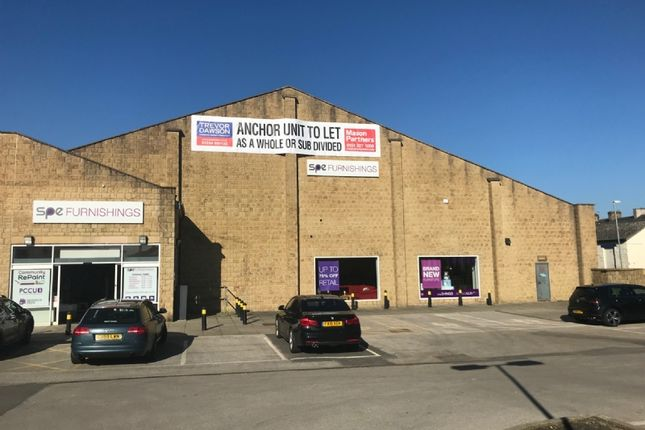 Thumbnail Retail premises to let in Briercliffe Road, Burnley